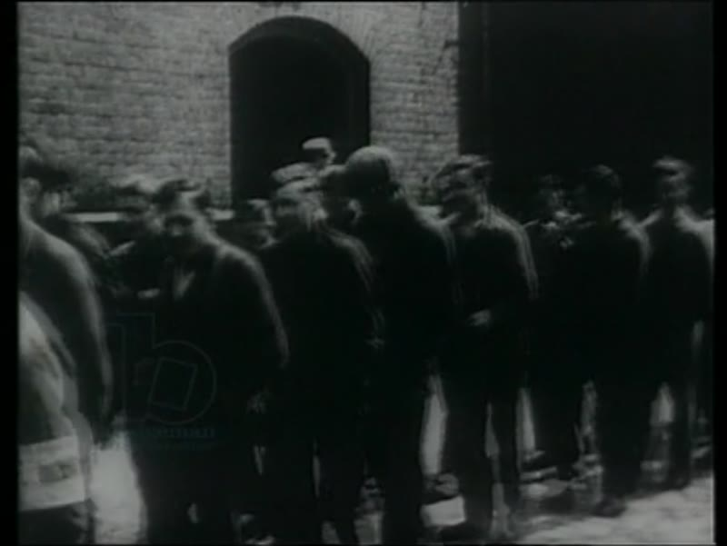 German dissidents are rounded up, 1930s