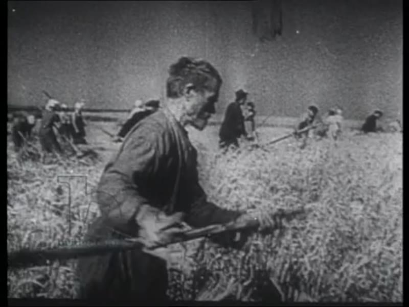 Soviet recruits and people working, scorched earth policy, explosion of dams and electricity plants, 1941