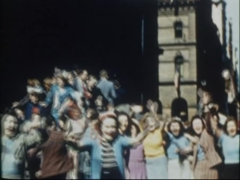 Victory celebrations on streets of Sydney, August 16th 1945