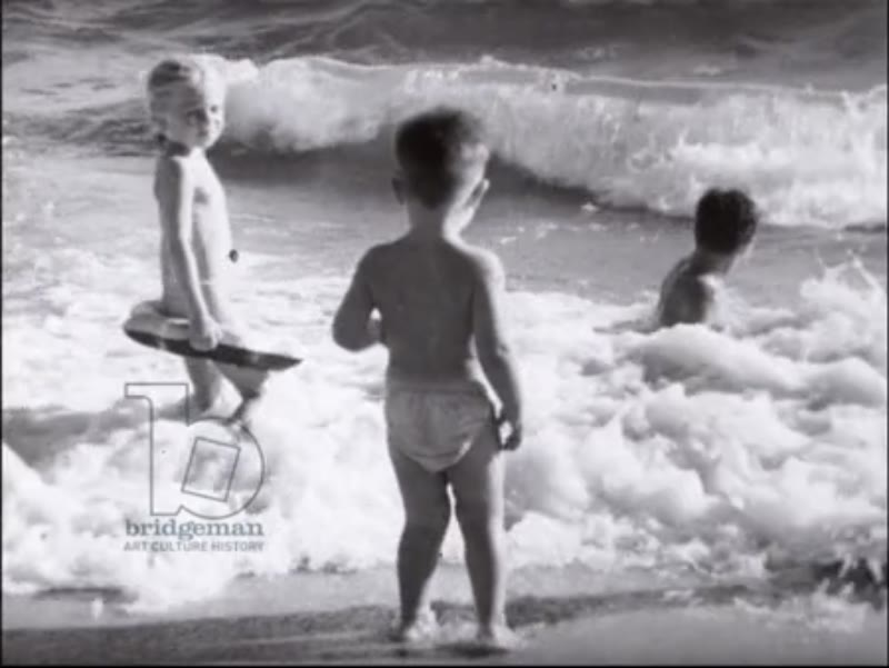 Juan-les-Pins 1952 - beach and glamorous people, babies children playing, synchronised waterskiing