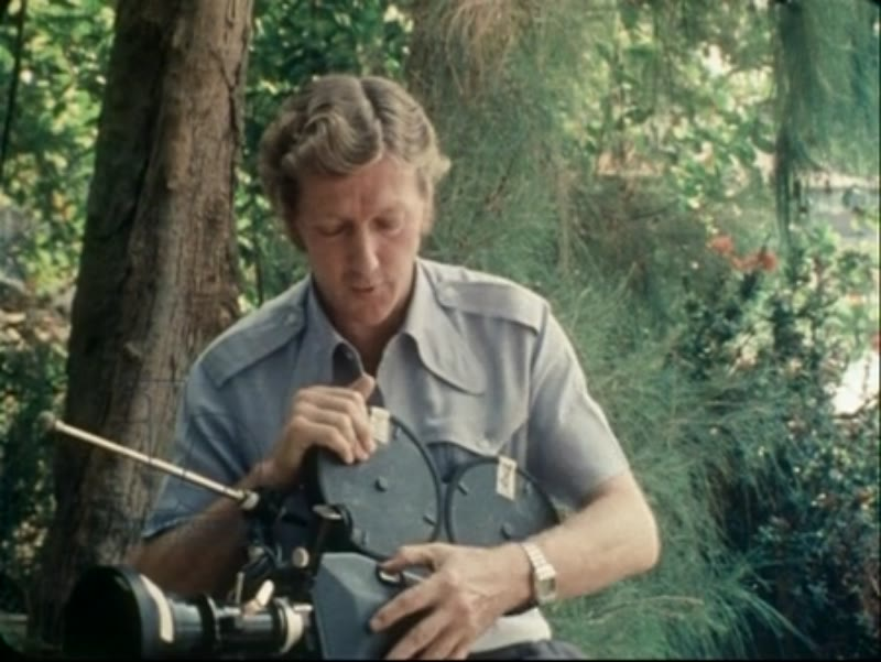 Interview with cameraman Neil Davis about the Vietnam War. 1979