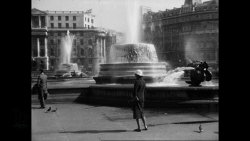 Trafalgar Square, London 1960s - pigeons, fountains, St-Martin-In-The-Fields, National Gallery, view of Whitehall, Nelson's Column (HD)