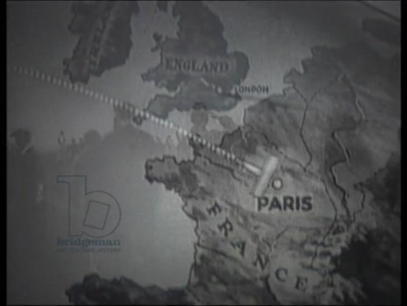 Charles Lindbergh breaks record for first non-stop transatlantic flight, 1927