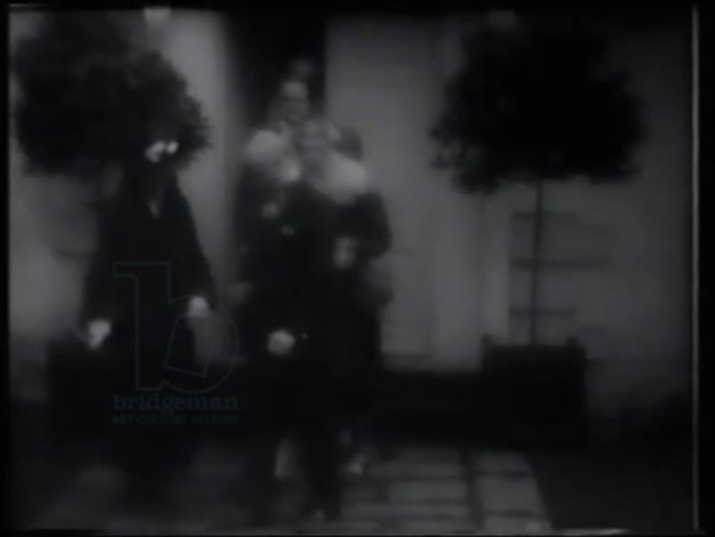 Marchesa Marconi and party leaving Fitzjohn's Avenue