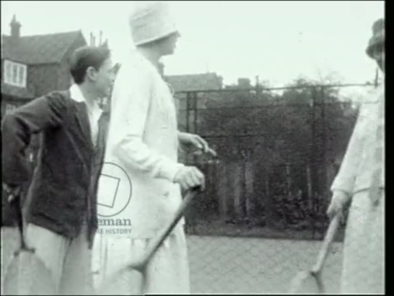 On the tennis court at 3 Fitzjohn's Avenue