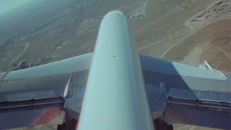 Boeing 707 banking