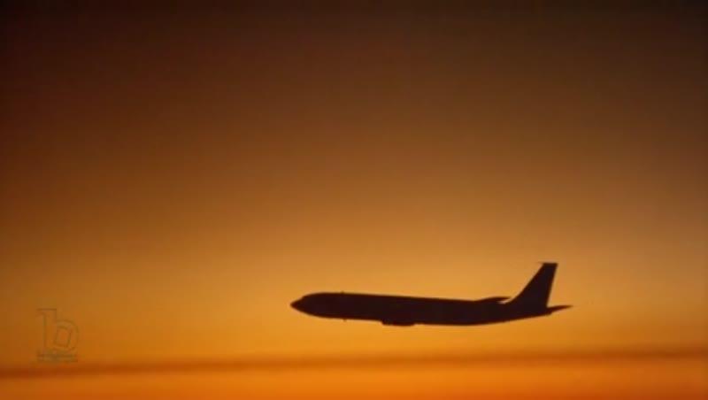 707 inflight sun silhouette
