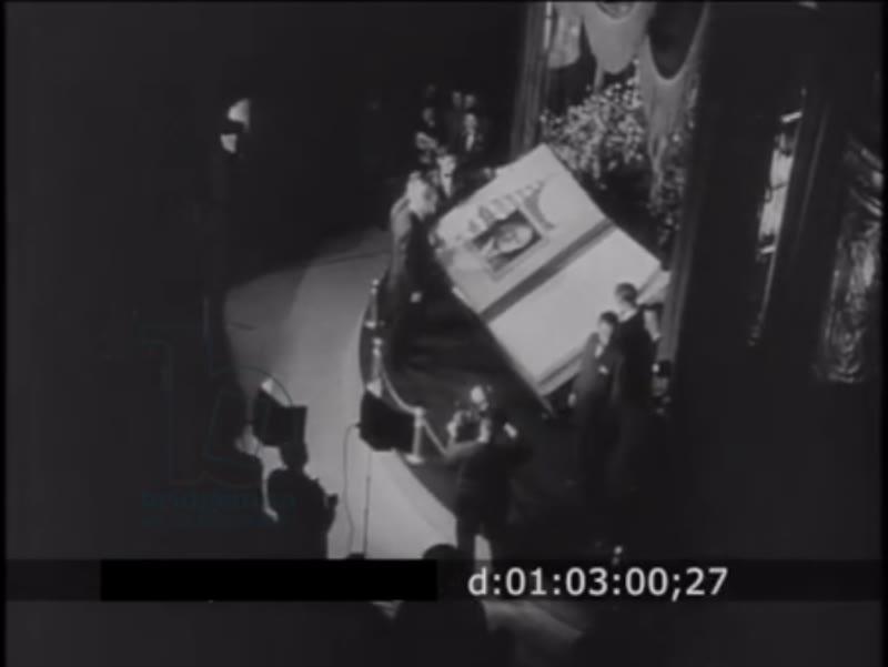 RESEARCH BOF Newsreel 1944 'Wartime Hollywood 4th War Bonds Drive A Success'