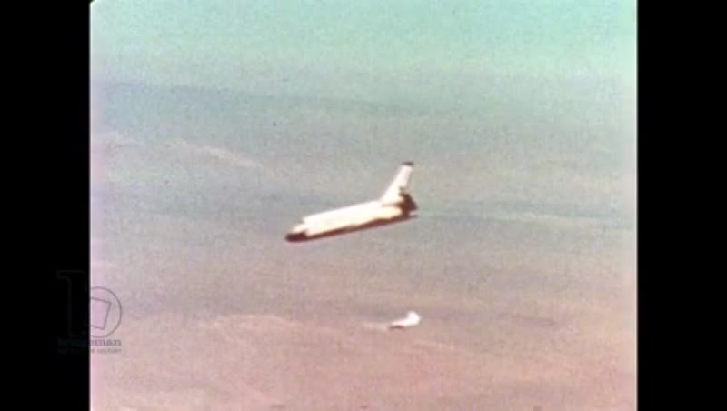 UNITED STATES: 1981: Side view of space shuttle as it returns to Earth.