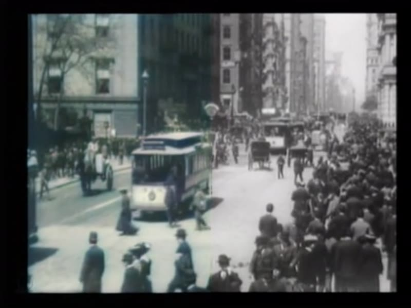 Street scenes on Broadway and Union Square, New York, 1903 -  Neural Love Process Example - Side By Side
