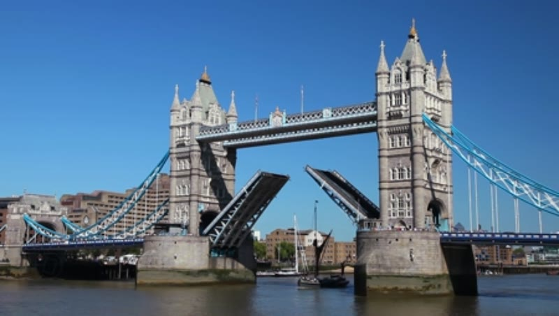 Tower Bridge Lifting