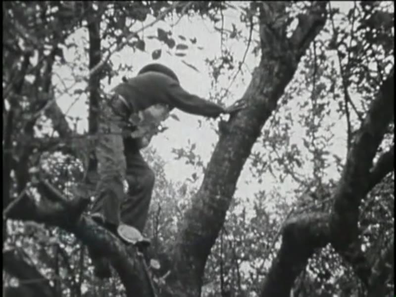 The Abbakadabba Coopno, 1941 (16mm film)