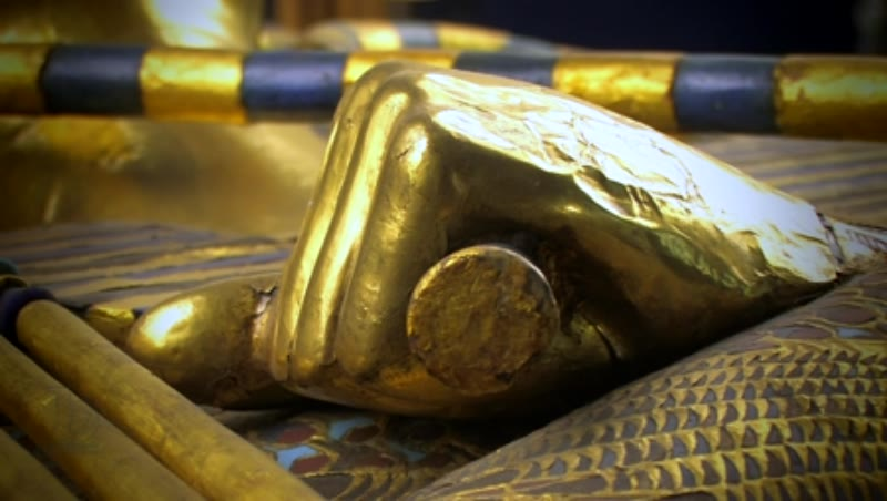 Detail of the second coffin of Tutankhamun 3