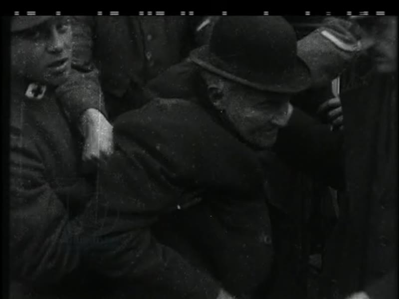 Soldiers and refugees in North Barbant, 1914