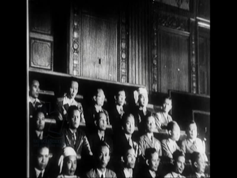 General Tojo speaks to the Japanese parliament about the management system in Java