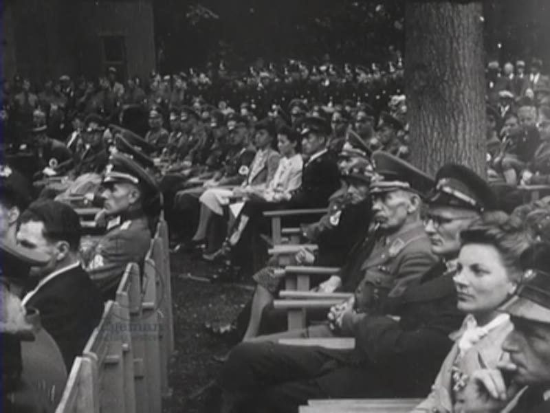 Meeting of members of the NSB where Woudenberg and Mussert give speeches