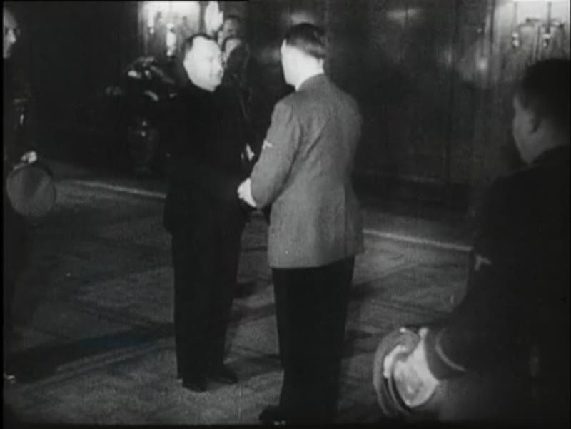 Mussert visits Hitler in Berlin