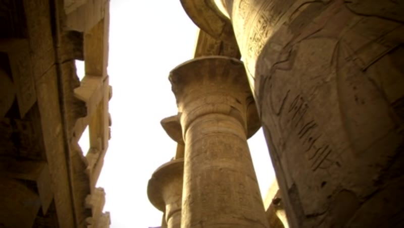 Low angle columns in the Karnak Temple 4