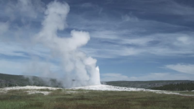 Erruption of Old Faithful Geyser 1