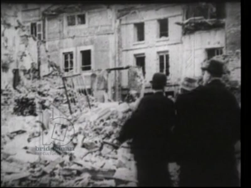 Clemenceau visits ruined French town, 1918
