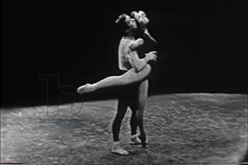 Pas de deux from Act IV of Swan Lake, performed by Maria Tallchief and Nicholas Magallanes, 1956
